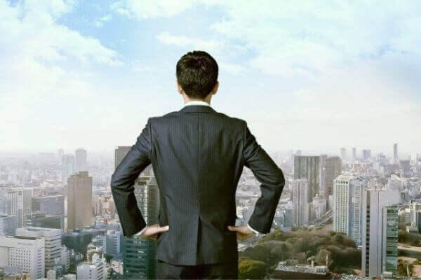 「邁進」と「精進」の意味と使い方!ビジネスシーンでの例文は?