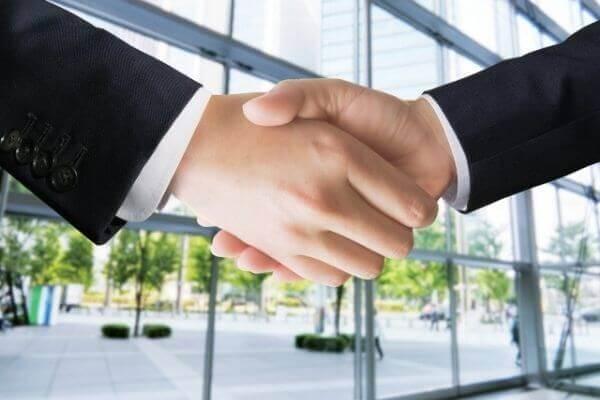 「鋭意」の意味とビジネスでの使い方!「鋭意努力」とは?【類語・言い換え】