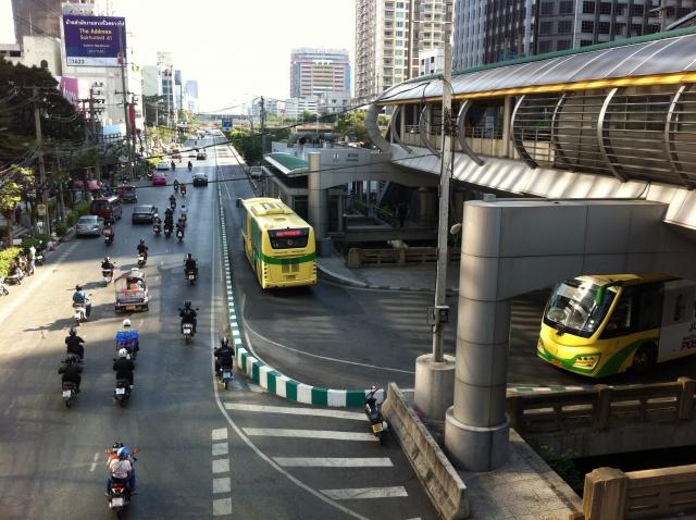 タイで働くなら事前に知っておきたいビジネスマナーと注意点2つ!