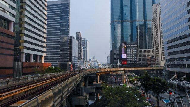 タイに急な海外赴任を内示された!すぐに準備すべきものや手続きは?
