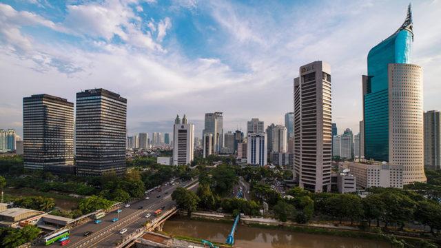 インドネシアジャカルタでの海外赴任のメリット・デメリットは?住みやすさや給与・待遇面について