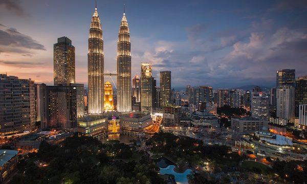 マレーシアに海外赴任する時に知っておくこととは?家族帯同の時の注意点と学校について